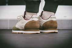 Reebok Classic Leather – Oktoberfest Pack Review,  #ClassicLeather #OktoberfestPack #Reebok #Review #sneaker, #agpos, #sneaker, #sneakers, #sneakerhead, #solecollector, #sneakerfreaker,  #nicekicks, #kicks, #kotd, #kicks4eva #kicks0l0gy, #kicksonfire, #womft, #walklikeus, #schuhe, #turnschuhe, #yeezy, #nike, #adidas, #puma, #asics, #newbalance #jordan, #airjordan, #kicks