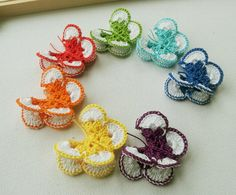 Crochet Butterfly Appliques rainbow colours 7pcs by Fiscraftland