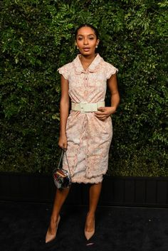 All the Best Looks from the Pre-Oscar Parties Yara Shahidi Lace Skirt, Lace Dress, Dress Up, Red Carpet Party, Nice Dresses, Summer Dresses, Black Goddess, Chanel, Grace Loves Lace