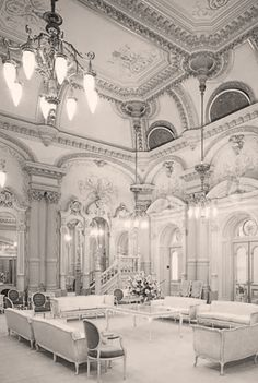 Rare photos of the Salt Lake Temple with historic interior photos. This is an amazing collection. Mormon History, Mormon Pioneers, History Facts, Lds Temple Pictures, Church Pictures, Mormon Temples, Lds Temples, Slc Temple, Lds Church