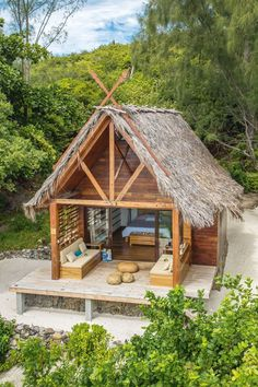 Small Hut House Design Small Simple In 2019 Bamboo House Design Bamboo House Thoughtskoto Safari In 2019 Hut House Bamboo Nipa Hut Design In The Philippines In 2019 Bamboo House Design, Tropical House Design, Tropical Houses, Hut House, Tiny House, Small Houses, Little Houses, Strand Design, Jungle House