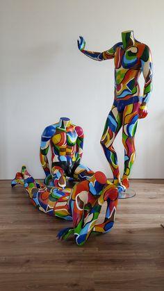 Objects – The website of kleuratelieringrid! Mannequin Art, Art Optical, Trash Art, Found Object Art, Monster High Dolls, Art For Art Sake, Visual Merchandising, Installation Art, Sculpture Art