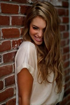 Honey blonde highlights for brown hair (in case I ever want to go darker) I have to try this omg. So cute