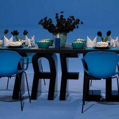 DNT Seisoen 3 - Episode 8 - Tafel toe Episode 3, Table, Home Decor, Decoration Home, Room Decor, Tables, Home Interior Design, Desk, Tabletop