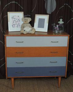 plus de 1000 id es propos de meubles renoves sur pinterest rouge vintage et armoires. Black Bedroom Furniture Sets. Home Design Ideas