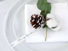 Gorgeous napkins for your Christmas table in this Christmas style guide