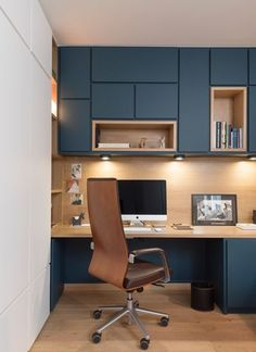56 Amazing Home Office Design Ideas that Inspire - Architect.- 56 Amazing Home Office Design Ideas that Inspire – Architecture Designs 56 Amazing Home Office Design Ideas that Inspire - Bureau Design, Workspace Design, Small Office Design, Office Interior Design, Office Interiors, Office Designs, Design Interiors, Interior Modern, Interior Ideas