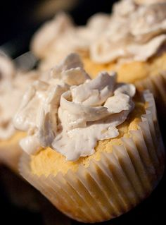Low-Carb Cupcakes with Toasted Coconut Buttercream