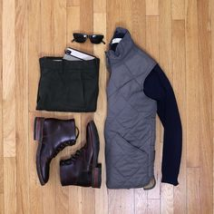 Hunter green chinos and dark brown work boots