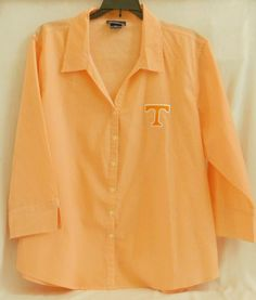 Vintage Tennessee Volunteers Ladies Size XL 3/4 Sleeve Dress | Etsy 3 4 Sleeve Dress, Shirt Dress, Letter T, Tennessee Volunteers, Vintage Shirts, Back To School, Vintage Ladies, Dresses With Sleeves, Lady