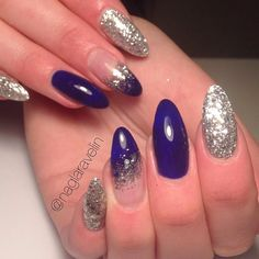 Another picture of my favourite set so far!  Products from www.glamandbeauty.se @glamandbeauty  #självlärd #selftaught #nagelamatörer #glamandbeauty #silcare #silcarenails #silcaresweden #baseone #gelnails #nails #gelenaglar #naglar #uvnails #longnails #bluenails #stormonthesea #glitternails #ovalnails #newyearsnails #newyearnails #silvernails #sparklingnails #newnails #girlynails by naglaravelin