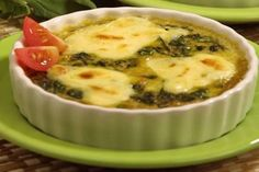 Ready to try a delicious breakfast this weekend? Try our Breakfast Casserole. Take the time to cook in the morning. Breakfast Egg Casserole, Spinach Casserole, Breakfast Dishes, Breakfast Time, Casserole Recipes, Breakfast Recipes, Mushroom Side Dishes, Vegetarian Recipes, Cooking Recipes