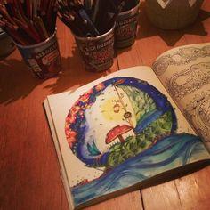 Johanna Basford Malbücher sind einfach die schönsten...   #home #love #enjoy #tea #teawithhoney #johannabasford #enchantedforest #enchantedforestcoloringbook #malbuch #malbuchfürerwachsene #Entspannung #draw #instadraw #drawing #drawings #illustration #illustrator #aquarell #aquarellstifte #aquashbrush #fabercastell #drawingart #instaart #colouringforgrownups #coloringbookforadults #coloringbook #lostocean #secretgarden #beisneggenhauszuhause