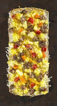 Thin Crust Egg, Sausage & Pepper Breakfast Pizza - Flatout® Artisan Thin Pizza Crust White Flatbread
