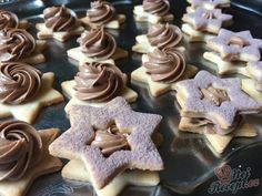 Christmas Sweets, Christmas Baking, Cupcake Cakes, Cupcakes, Gingerbread Cookies, Ale, Food And Drink, Cooking Recipes, Bakken