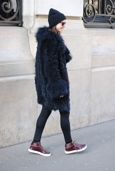 YSL shoes, skinny jeans, hat, American apparel,Paris Fashion Week #streetstyle #PFW ....Liking this look!