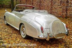Auto do ślubu Bentley S1 Cabrio 'Perłowy' z 1959 roku | Fovilim.com - Warszawa