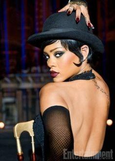 Surge a 1ª foto de misteriosa personagem de Rihanna em filme de Luc Besson #Brasil, #Cantora, #Daniel, #Diretor, #Filme, #Foto, #Hit, #M, #Rihanna http://popzone.tv/2016/11/surge-a-1a-foto-de-misteriosa-personagem-de-rihanna-em-filme-de-luc-besson.html
