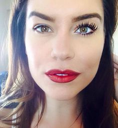 longer, thicker, fuller lashes that look like falsies, goes on like mascara, washes off with water! This is your new favorite mascara! please attach your order to my ongoing party 3d Mascara, 3d Fiber Lashes, 3d Fiber Lash Mascara, Best Mascara, Mascara Younique, Contour, Performance Makeup, Eye Makeup Remover, False Lashes