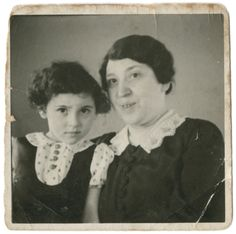 Bertha Teitelbaum visits her grandmother Leah Ksias in Cologne, Germany.