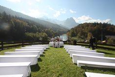 Hochzeitslocation: Trauung unter freiem Himmel auf der Bergwiese in Garmisch-Partenkirchen