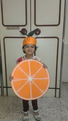 Orange costume with flap open Fruit Halloween Costumes, Diy Costumes, Projects For Kids, Diy For Kids, Plastic Animal Crafts, Fancy Dress Competition, Fruit Crafts, Fancy Dress For Kids, Camping With Kids