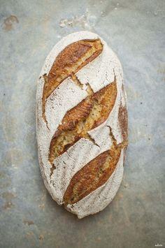 Corn sourdough bread