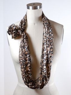 Skinny Scarf Necklace - I have several skinny scarves but didn't know how to wear them. Love this!