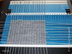 Поделка изделие Плетение Орнамент в плетении Бумага газетная Трубочки бумажные фото 9