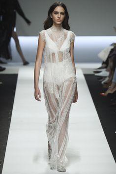 Ermanno Scervino Spring 2016 Ready-to-Wear Fashion Show - Tako Natsvlishvili