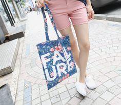 Korea womens shopping mall [REALCOCO] Flower BAG / Size : Free / Price : 23.40 USD #koreafashionshop #koreafashion #pinterfashion #pinterclothes #pintershop #koreashop #dailyfashion #OOTD #bag #apparel