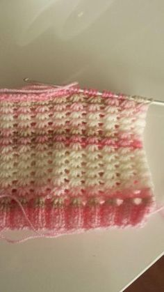 Tunus İşi Nergis Modeli Yapılışı See other ideas and pictures from the category menu…. Tunisian Crochet Stitches, Knitting Stitches, Knitting Designs, Knitting Patterns Free, Baby Knitting, Crochet Patterns, Crochet Collar, Knit Crochet, Broomstick Lace