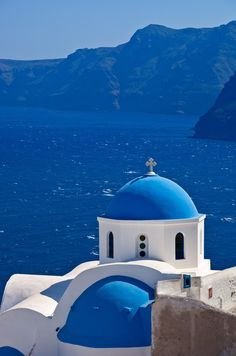 Washed in blue - Oia, Santorini - Explore the World with Travel Nerd Nici, one Country at a Time. http://TravelNerdNici.com