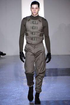Ulet officer uniform.: