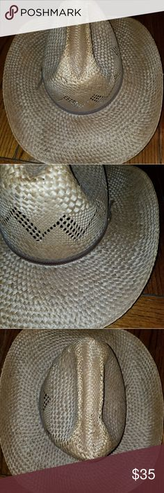 Stetson straw cowboy hat Stetson straw cowboy hat, with zigzag design and thin brown leather band, In good condition! Stetson Accessories Hats