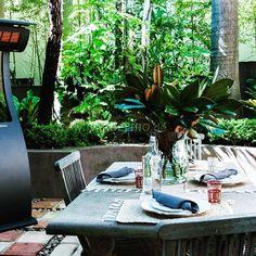 Design Heizstrahler für warme Momente! #outdoor #outdoorliving  #outdoorlifestyle #heizstrahler #bromicheating #ambiente #justperfect #summer #warm #imgrünen #picoftheday #instagood