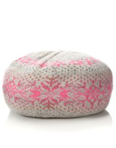 Cosy hat! Stocking Fillers, Women's Accessories, Stockings, Beret, My Style, Hats, Cosy, Casual, Neon