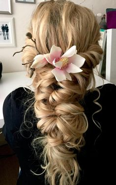 50 Beautiful Mermaid Braid Ideas You Must Copy Now To Look More Pretty Braided Hairstyles For Wedding, Up Hairstyles, Pretty Hairstyles, Messy Hairstyle, Tousled Hair, Hairstyle Wedding, Layered Hairstyles, Natural Hairstyles, Curly Hair