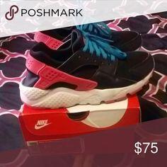 Nike hurache rn (GS) Pink , black , blue & white hurache Nike Shoes Athletic Shoes