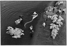 H Cartier-Bresson '66 Gujarat. Ahmedabad