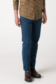 DeFacto Marka Spor Pantolon || Dar paça modeli ve üzerinizde fit bir görünüm sağlayan tasarımı ile trend görünebileceğiniz DeFacto erkek pantolon                         http://www.1001stil.com/urun/4873232/spor-pantolon.html?utm_campaign=DeFacto&utm_source=pinterest