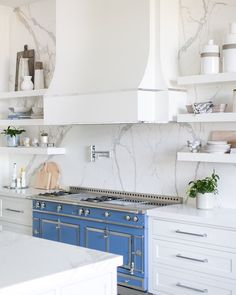 4 Skillful Clever Tips: Beadboard Backsplash Behind Stove tin backsplash kitchen.Herringbone Backsplash With Border marble backsplash laundry room. Backsplash For White Cabinets, Rustic Backsplash, Beadboard Backsplash, Herringbone Backsplash, Penny Backsplash, Backsplash Cheap, Quartz Backsplash, Houzz, Kitchen Trends