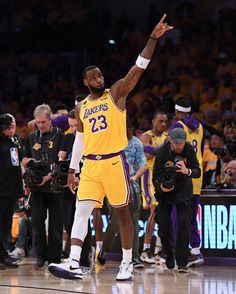 Lebron James Lakers 300 Ideas On Pinterest In 2020 Lebron James Lakers Lebron James Lebron
