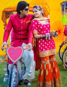 WeddingSutra Editors' Blog » Blog Archive » Pop-kitsch theme Mehendi and a Wedding at The Grand