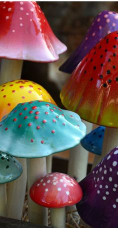 "Shroomyz Gum Drop Collection The Gum Drop shroomyz will take you to your favorite fantasy world. These Shroomyz may very well be found in the epic worlds of Candyland or Willey Wonka's Chocolate Factory. Found in 5 sizes and countless shapes: Large 16"" tall Medium Large 14"" tall Medium Small 12"" tall Small 10"" tall …"