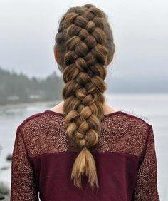 20 Great 5 Strand Braid Hairstyles Worth Mastering 20 Great 5 Strand Braid Hairstyles Worth Mastering,give me a head with HAIR! Strand Braid From Ponytail Related DIY Weihnachten Nail Art Ideen für kurze. Medium Hair Styles, Natural Hair Styles, Long Hair Styles, Box Braids Hairstyles, Cool Hairstyles, Hairstyles 2016, Formal Hairstyles, Braided Hairstyles Medium Hair, Medium Hair Braids