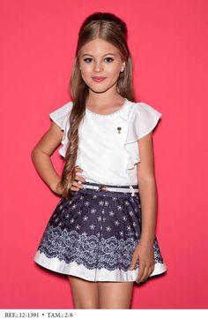 Skirt and children's shirt Sets - Girl Diforini Moda Infanto Juvenil 0 121391 Girly Girl Outfits, Kids Outfits, Moda Kids, Short Dresses, Girls Dresses, Kind Mode, Baby Dress, Kids Fashion, Mini Skirts