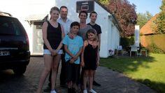 Tiens et si on échangeait nos maisons pour les vacances ? http://www.lavoixdunord.fr/region/tiens-et-si-on-echangeait-nos-maisons-pour-les-vacances-ia0b0n3690978