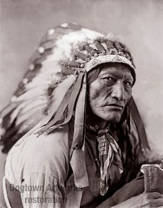 High Bear, Professionally Restored Large Reprint of Vintage Native American Indian Oglala Lakota Man Photograph by Herman Heyn Native American Warrior, Native American Pictures, Native American Beauty, Native American Tribes, American Indian Art, Native American History, American Indians, Sioux, Indiana