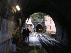 vernazza Italy train station
